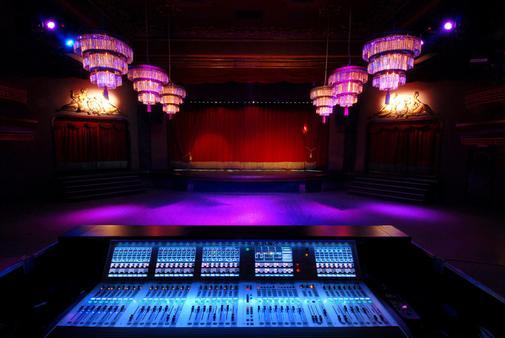 salas de conciertos en barcelona On salas eventos barcelona